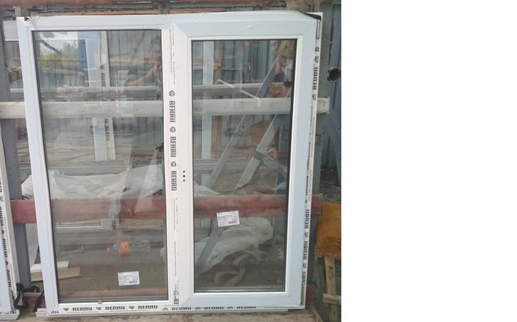 Окно пластиковое 1280х1410 32 с/п Rehau