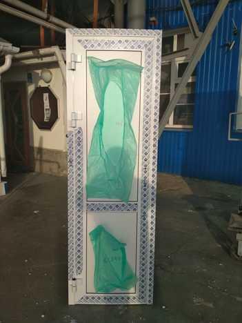 Дверь Алюминиевая 670*2080 левая